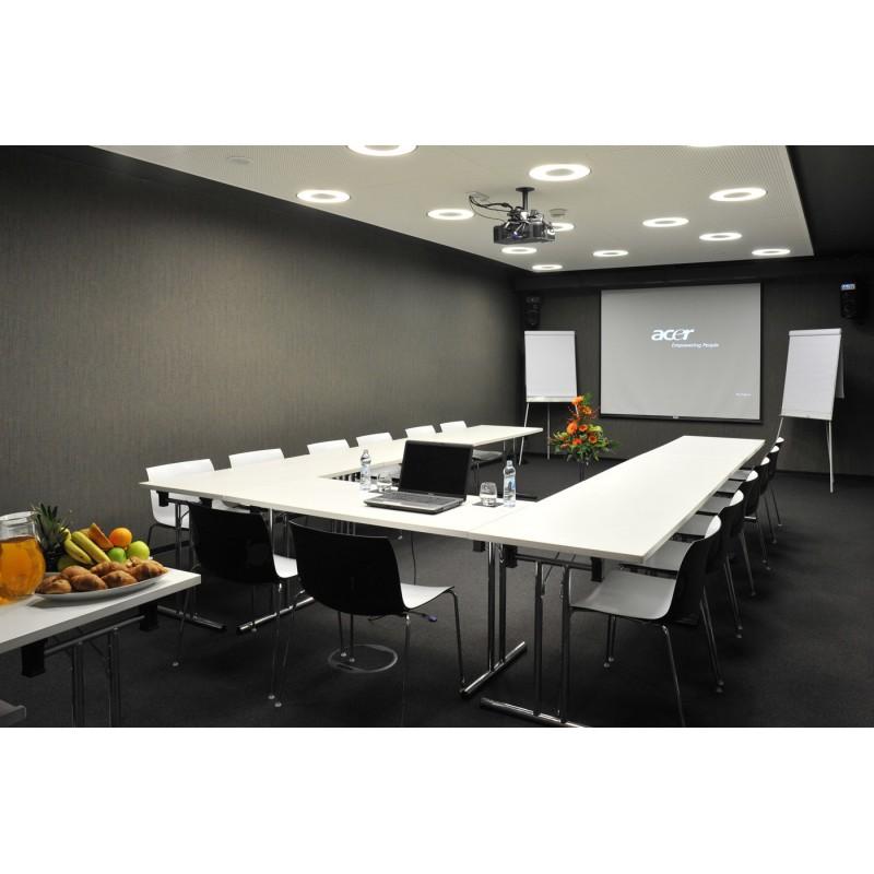 PACCHETTO  Proiettore + staffa + schermo 100 pollici motorizzato + Novo Connect + installazione